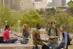 Students_campus_4